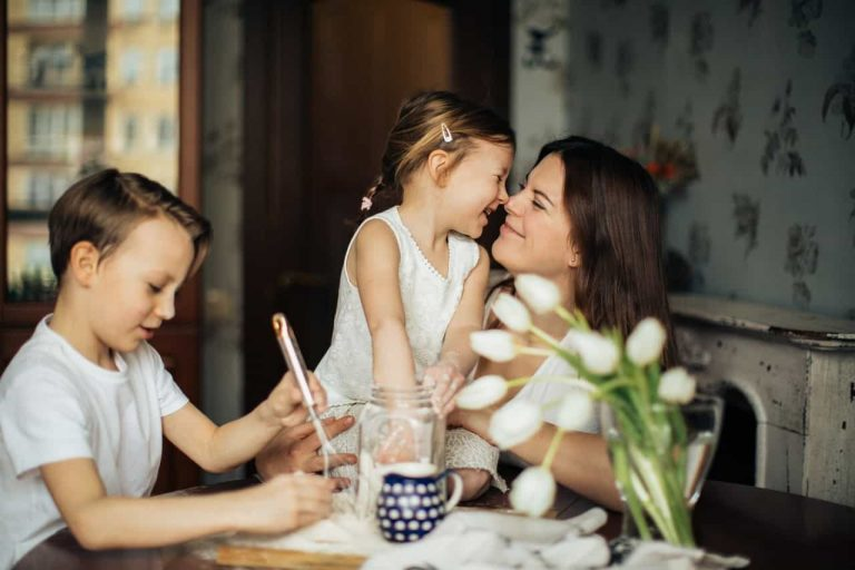 Dating a single mom? Rules you need to follow